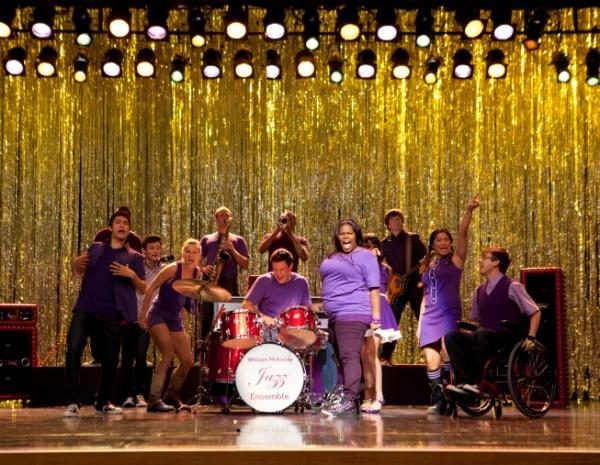 Glee season 3 premiere